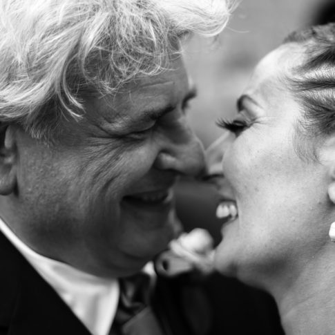 complicità, essere complici, amarsi, matrimonio, fabrica di roma, reportage, fotografia, attimi, felici, dettagli