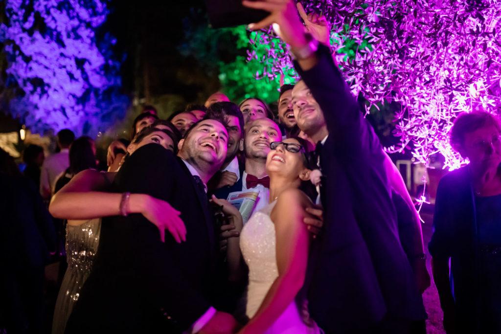 dettagli di un matrimonio, fotografo di reportage matrimoniale, civita castellana, luca storri fotografo, fabrica di roma, viterbo, fotografie naturali, fotografie spontanee, fotografie autentiche, servizio prematrimoniale, sogni, sognare, matrimonio da sogno, giorno speciale, residenza antica flaminia, tramonti estivi, no foto in posa, fabrica di roma, fotografo di matrimonio, fotografo di matrimonio di viterbo, fotografo della tuscia, fotografo nella tuscia, fotografia di reportage, reportage, momento intimo, intimità, scegliere il fotografo di matrimonio, come scegliere il fotografo per il tuo matrimonio, abbraccio, intimo, momento intimo, fiducia, fiducia al fotografo, servizio prematrimoniale, abbraccio degli sposi, matrimonio alla residenza antica flaminia, sposarsi per amore, dettagli, preparativi della sposa, preparativi dello sposo, trucco di matrimonio, truccarsi per il matrimonio, nozze, fedi nuziali, piedi della sposa, particolari della sposa, particolari dello sposo, duomo di fabrica di roma, sposarsi in chiesa, sposarsi nel 2020, chiesa di san silvestro papa, location, residenza antica flaminia, catering, enoteca la torre