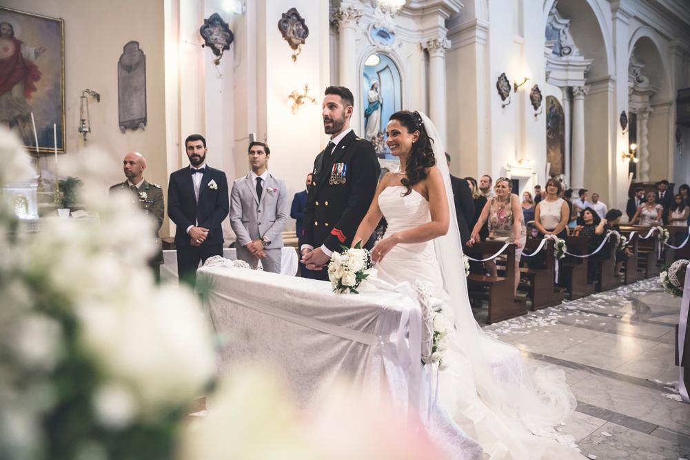 matrimonio a fabrica di roma, matrimonio nella tuscia, fotografo della tuscia, fotografo nella tuscia, fotografo di viterbo, fotografo di roma, agro falisco, luca storri fotografo, no foto in posa, foto nascoste, fotografo di reportage, raccontare momenti, raccontare un matrimonio, essere nel matrimonio