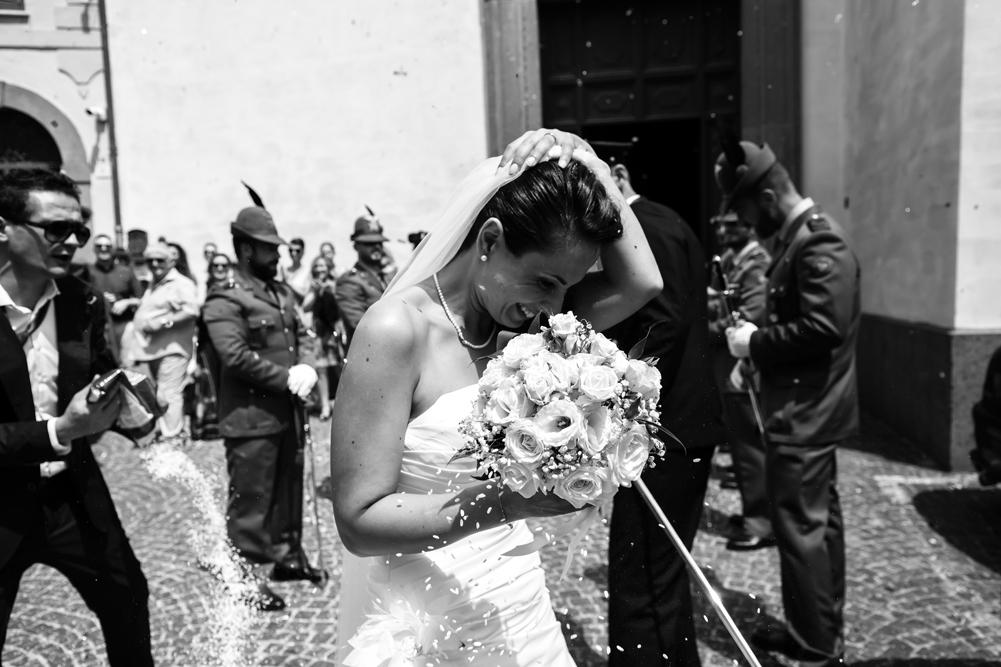 fotografia di reportage, raccontare emozioni, no foto in posa, matrimonio a fabrica di roma, fabrica di roma, viterbo, lazio, agro falisco, fotografo di viterbo, fotografo di roma, fotografo nella tuscia, fotografo della tuscia, tuscia matrimoni, luca storri fotografo
