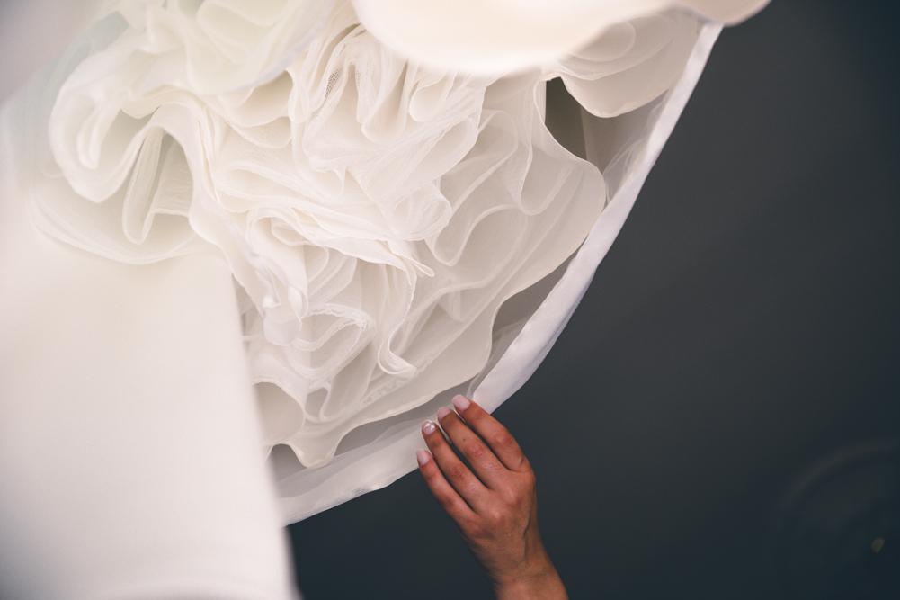 reportage, matrimonio, sposarsi, lazio, tuscia, fabrica di roma, tamara e vincenzo sposi, sposi, sposa, vestito della sposa, preparazione della sposa, fabrica di roma