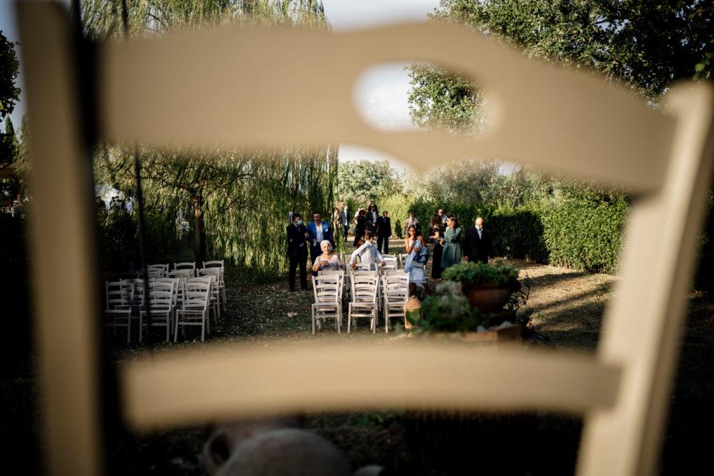 luce naturale, fotografare con la luce naturale, no flash, reportage matrimoniale, fotografo di reportage matrimoniale, fotografo di reportage, fotografo di fabrica di roma, luca storri fotografo, soriano nel cimino, orto di hans, agriturismo orto di hans, azienda agricola, sposarsi in natura, wedding photographer, ballo degli sposi, scherzi agli sposi, fotografo della tuscia, fotografo nella tuscia, tuscia, tuscia viterbese, matrimonio civile, sposarsi nel 2020, destination wedding, matrimonio in italia, matrimonio nella tuscia, sposarsi nella tuscia, natura, ambiente, amici degli sposi, sposarsi e divertirsi, divertimento, no foto in posa, foto spontanee, fotografo emozionale, fotografo empatico